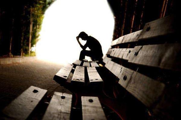 抑郁症可以通过自我疗愈的方式消除吗?