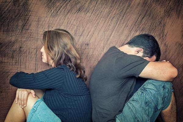 离婚后的念念不忘是否该挽回我们的感情