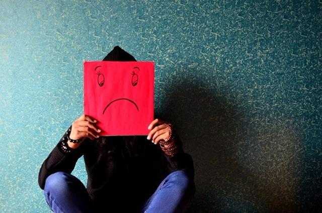 抑郁症都有哪些表现?应该如何预防?-情绪调节-抑郁倾向