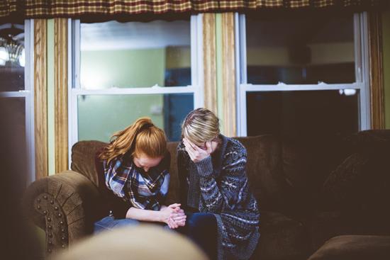 会明心理:亲人朋友患抑郁症我们能做些什么?