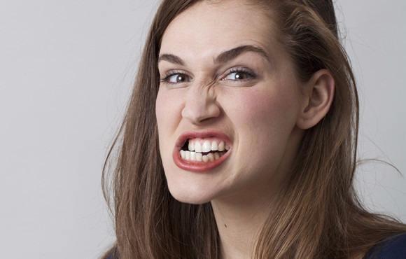会明心理:如何改善对亲密人乱发脾气的行为