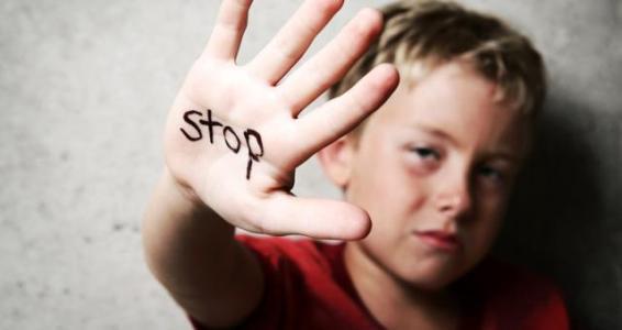 北京心理咨询:福建5岁男孩被后妈虐打致死,即使不爱,也别伤害